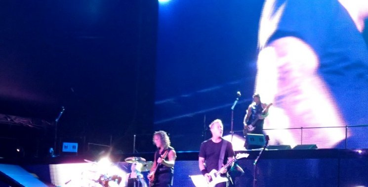 The mosh pit is where I am: Metallica in Singapore